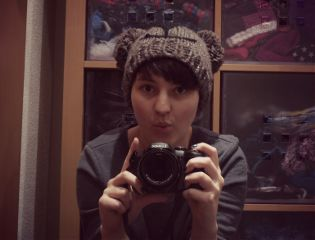 photography bear hat mirror photostory
