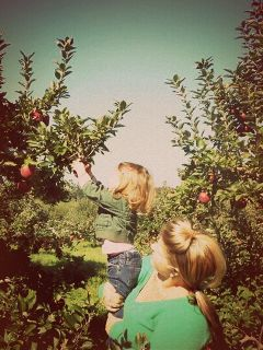 apples applepicking upstateny trees motherdaughter love happiness mylove autumn