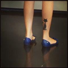 cat artgallery legs kitty shoes tattoo