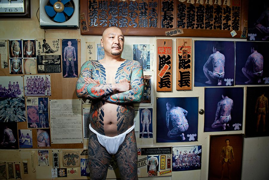 tattoo artists photography by Irwin Wong