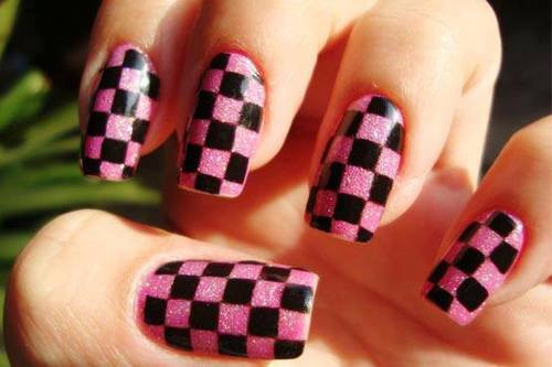 Checkerd Nails ^.^ looks so cool!! :** like comment follow!!:]